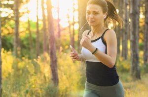 הגבלת זמני הארוחות עשויה להגביר את המוטיבציה שלכם לפעילות גופנית